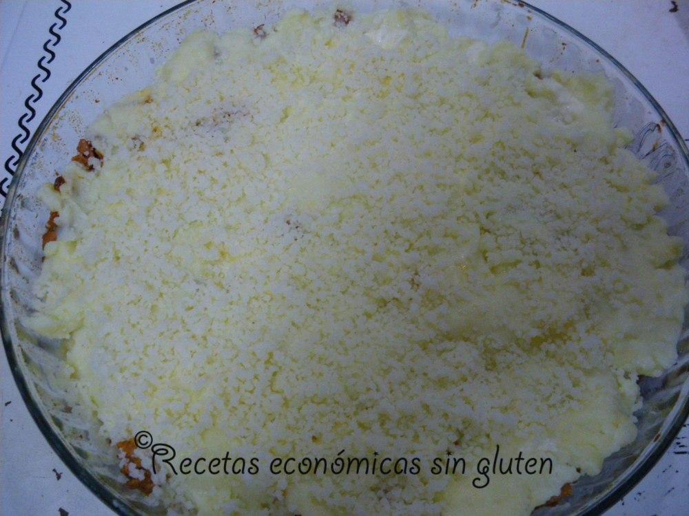 Pastel de carne con queso